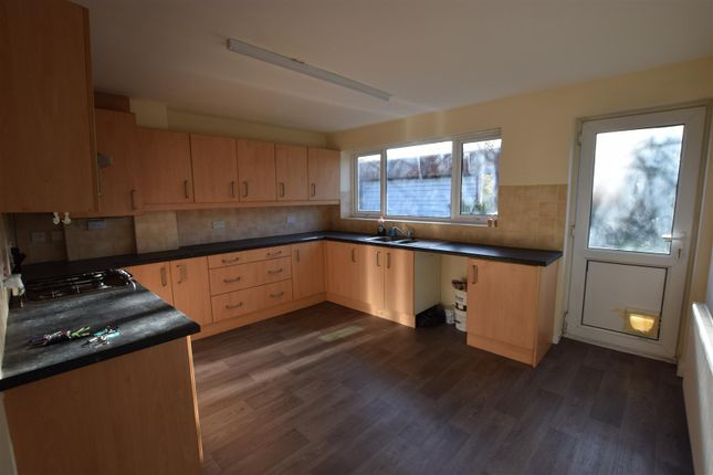 Thumbnail Semi-detached bungalow to rent in Dorset Close, Heywood