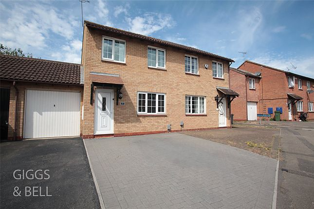 Picture No. 24 of Wootton Close, Luton, Bedfordshire LU3