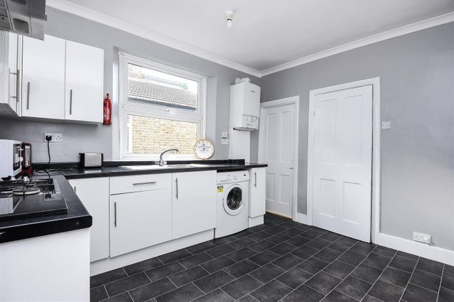Thumbnail Maisonette to rent in Bruce Road, Mitcham