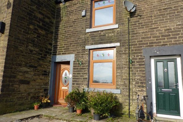 Thumbnail Cottage to rent in Wrigley Street, Scouthead, Oldham