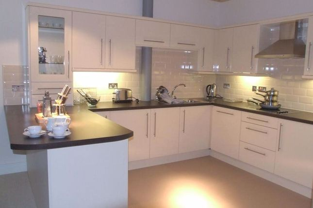 Thumbnail Flat to rent in Shaddongate, Carlisle