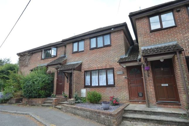 Thumbnail Flat to rent in Copse Road, Haslemere
