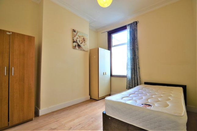 Thumbnail Shared accommodation to rent in Reginald Road, Forest Gate