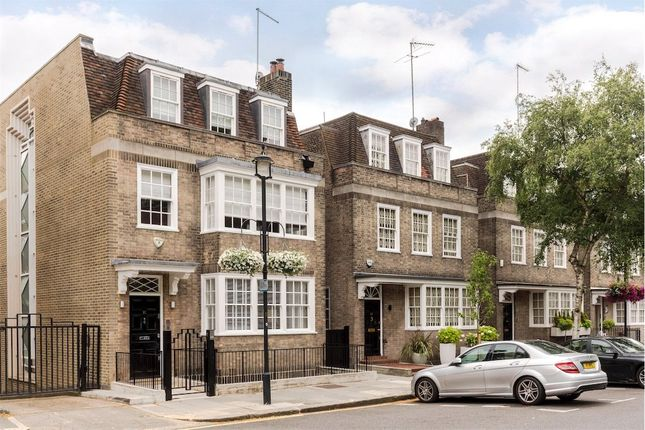 Thumbnail Terraced house for sale in Adnor Place, Hyde Park, London