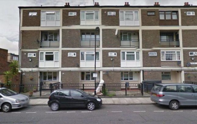 Thumbnail Maisonette to rent in Cottage Street, Poplar, London