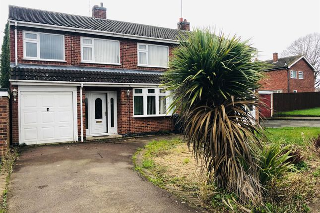 5 bed semi-detached house for sale in Outlands Drive, Hinckley LE10