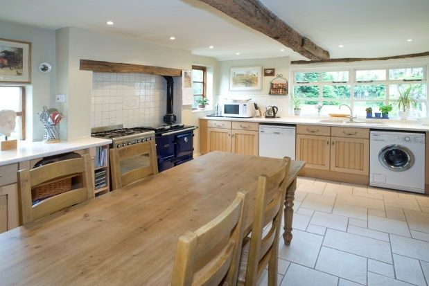 Thumbnail Property to rent in Worcester Road, Harvington, Kidderminster