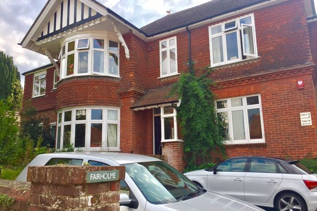 Thumbnail Flat to rent in Southover High Street, Lewes
