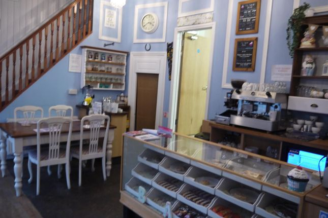 Photo 2 of Cafe & Sandwich Bars HX5, West Yorkshire