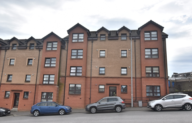 Thumbnail 2 bedroom flat for sale in 23 Wellpark Court, Greenock