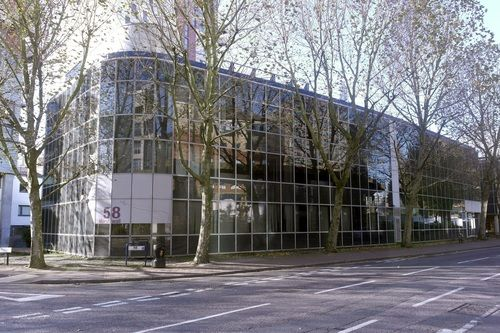 Office to let in Marsh Wall, London