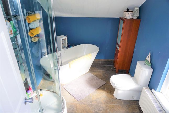 Bathroom of Edward Road, Whitehead BT38