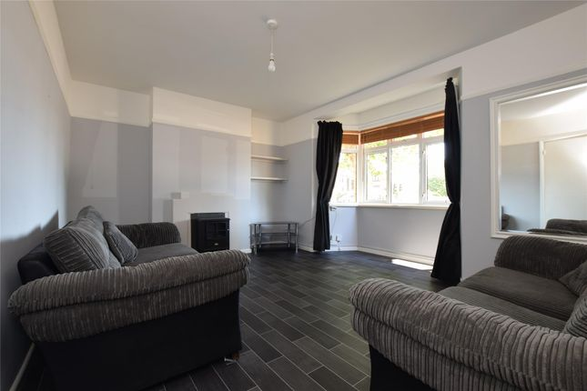 Thumbnail Flat for sale in Dagenham Road, Romford