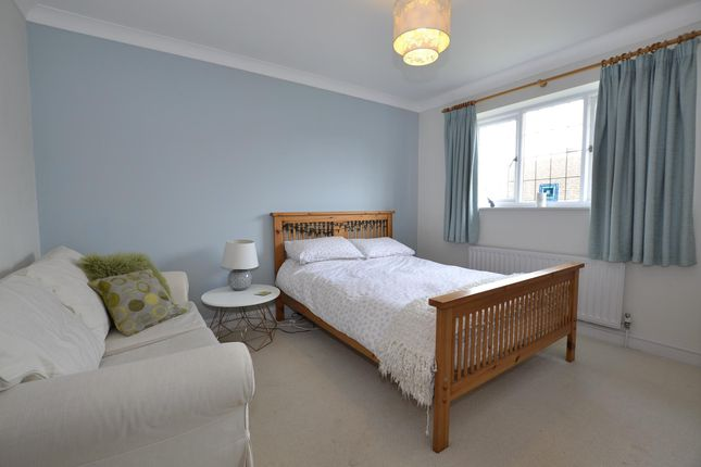 Bedroom 2 of Holmwood Gardens, Bristol BS9