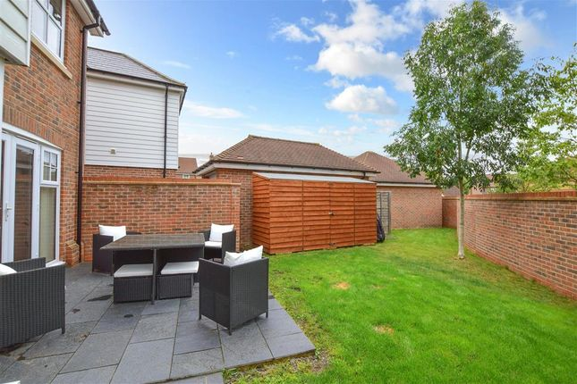 Thumbnail Detached house for sale in Atlas Close, Kings Hill, West Malling, Kent