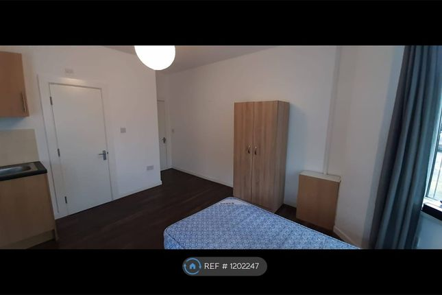 Thumbnail Studio to rent in Charlestown Road, Manchester