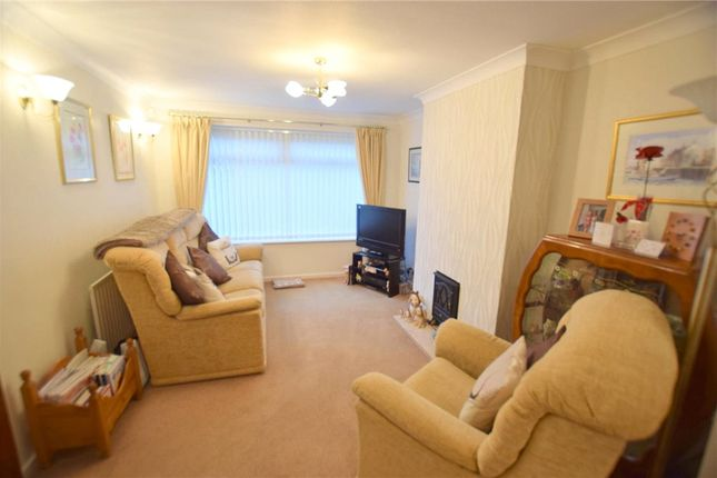 Living Room of Greaves Close, Arnold, Nottingham NG5