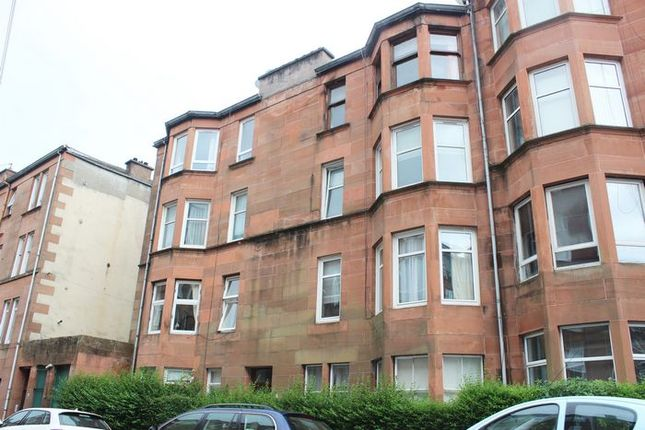 Thumbnail Flat to rent in Trefoil Avenue, Shawlands, Glasgow
