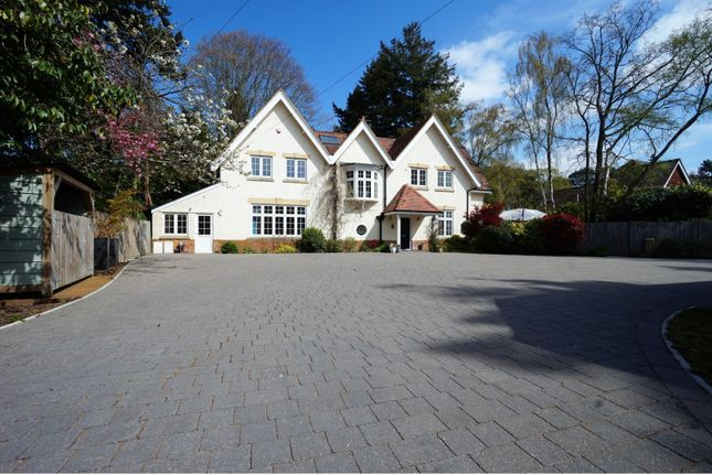 Thumbnail Detached house for sale in Dudsbury Avenue, Ferndown