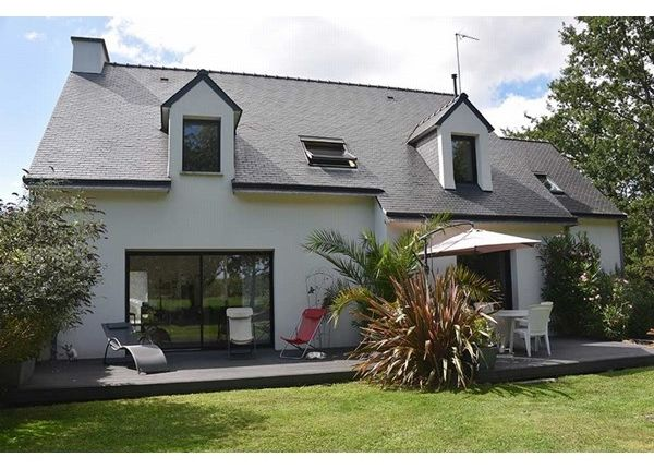 5 bed property for sale in 56950, Crach, Fr