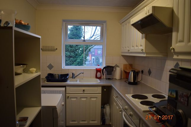 Thumbnail Flat to rent in Windsor Court, Wilson Green, Binley, Coventry
