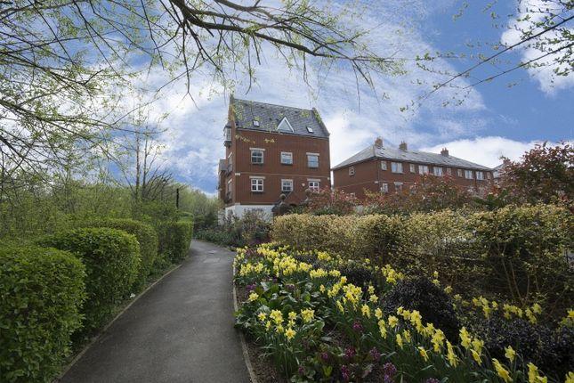 Thumbnail Flat to rent in Rickyard Close, Oxford