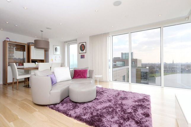 Thumbnail Flat to rent in Residence Tower, Woodberry Grove, London