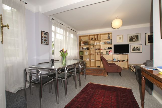 2 bed duplex for sale in Balham High Road, Balham