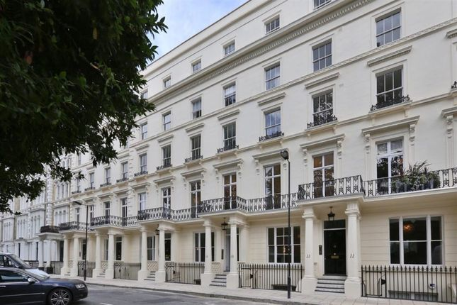 Thumbnail Flat to rent in 10 Leinster Square, London