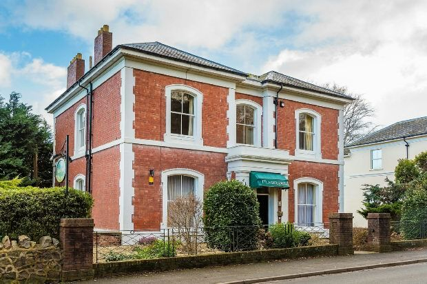 Thumbnail Detached house for sale in Graham Road, Malvern