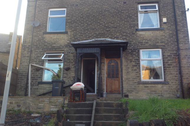 Thumbnail Semi-detached house to rent in Rochester Street, Shipley