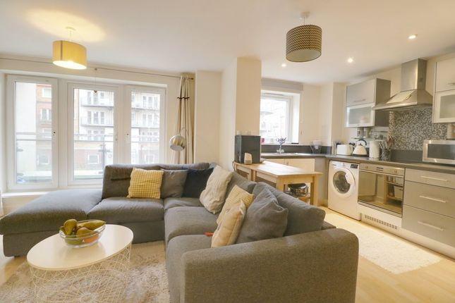 Living Room of Winterthur Way, Basingstoke RG21