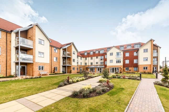 Thumbnail Property for sale in London Road, St.Albans