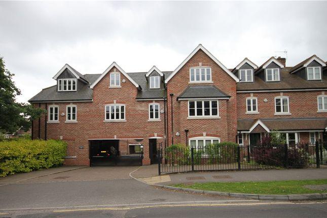 Thumbnail Flat to rent in Crownwood Gate, Farnham