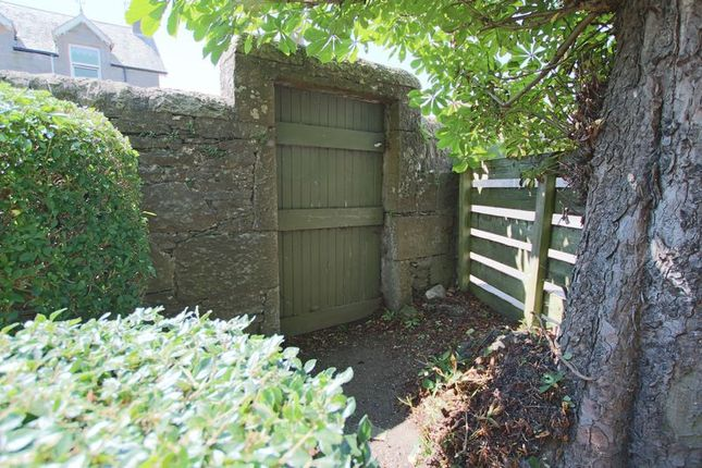 Rear Gate of Strathmartine Road, Dundee DD3
