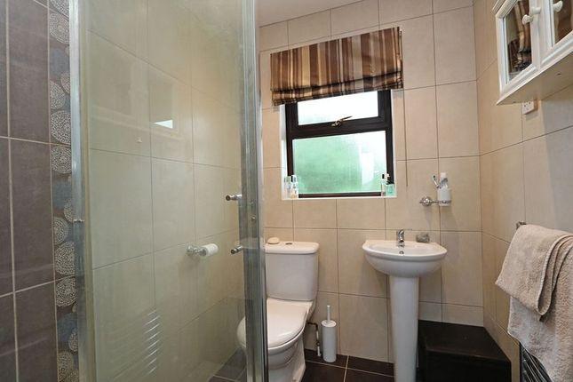 En-Suite of Hatchlands, Great Holm, Milton Keynes MK8