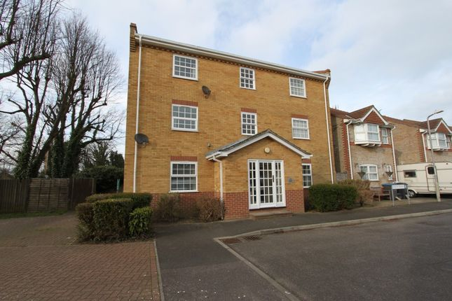 2 bed flat for sale in Finch Mews, Deal