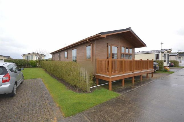 Thumbnail Mobile/park home for sale in Eastfield, Far Grange Caravan Park, Hornsea Road, Skipsea, East Yorkshire