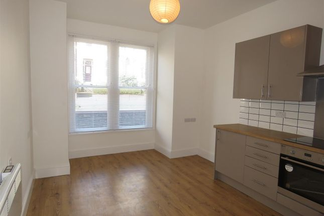 1 bed flat to rent in Flat 2, 22A Huntington Road, Huntington Road YO31