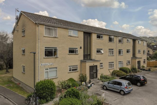 Flat to rent in Forester Avenue, Bath