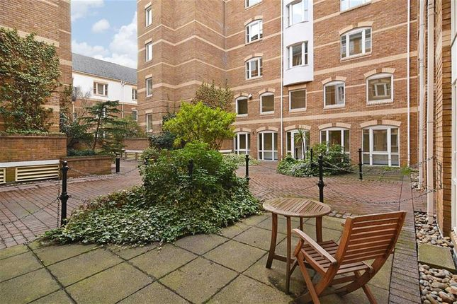 Thumbnail Flat to rent in King & Queen Wharf, Rotherhithe Street, London