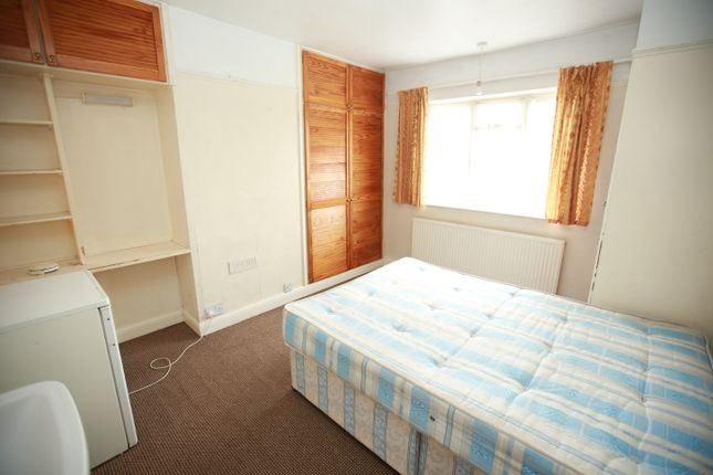 Thumbnail End terrace house to rent in Lees Road, Hayes