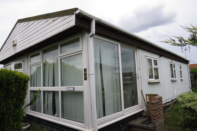 Thumbnail Mobile/park home for sale in Blue Sky Close, Bradwell, Great Yarmouth
