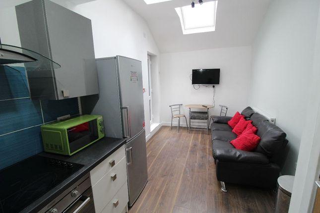 Flat to rent in Hawkins Street, Flat, Preston, Lancashire