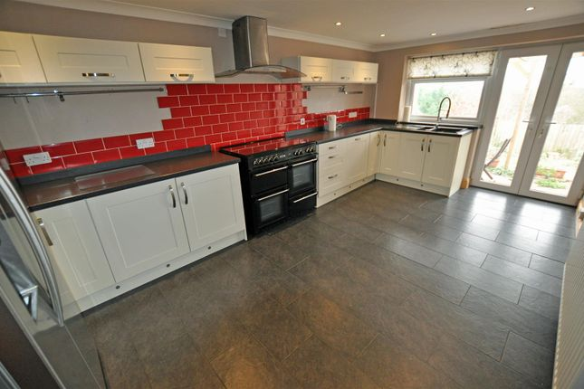 Kitchen of Highfield Close, Malvern WR14