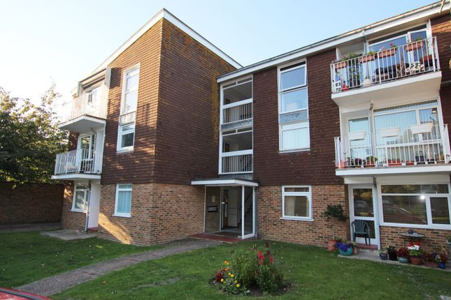 Thumbnail Flat to rent in Dorchester Gardens, Worthing