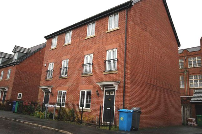 Thumbnail Property to rent in Paprika Close, Openshaw, Manchester