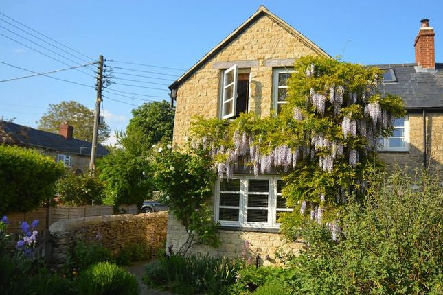 Thumbnail Cottage for sale in Nethercote Road, Tackley, Kidlington