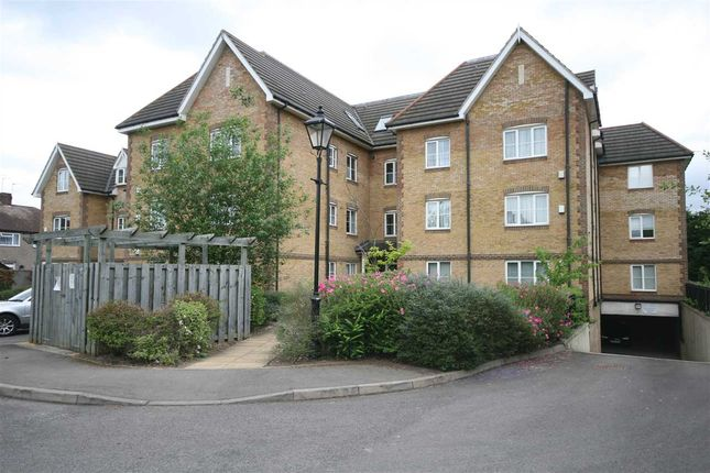 Flat to rent in Leaf House, Catherine Place, Harrow-On-The-Hill