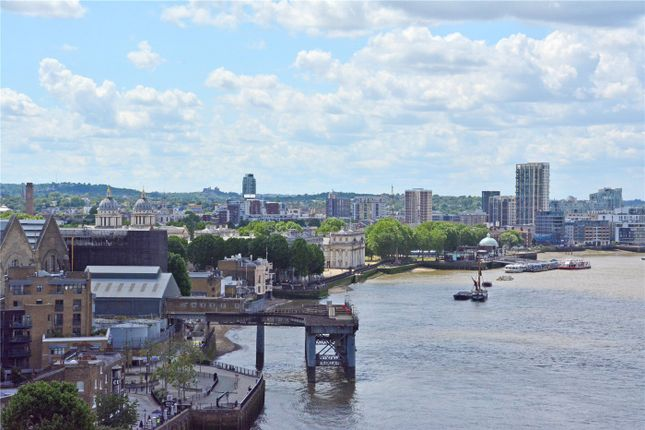 Picture No. 17 of Wyndham Apartments, 60 River Gardens Walk, Greenwich, London SE10